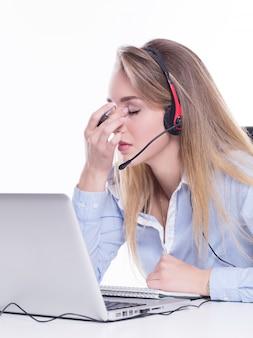 Operatore di chiamata stanco