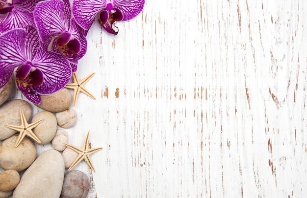 Orchidee e pietre per massaggi