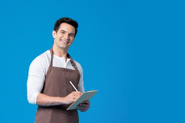 Ordine d'uso di scrittura del grembiule da barista bello sulla lavagna per appunti