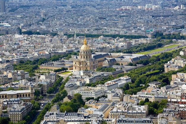 Orizzonte aereo di parigi e invalides francia