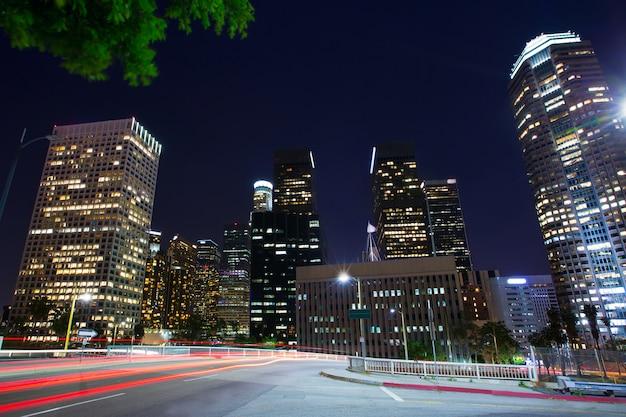 Orizzonte di tramonto california del centro los angeles di notte di los angeles