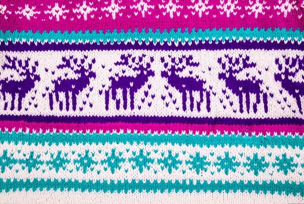 Ornamento di un maglione invernale con cervi