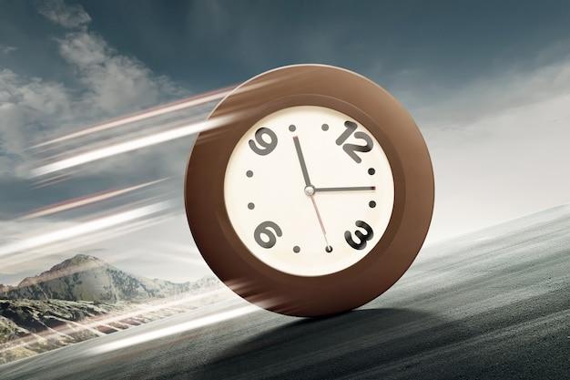 Orologio analogico che rotola in salita