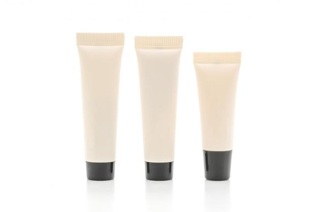 Pacchetto cosmetico in bianco del tubo di crema o di gel isolato