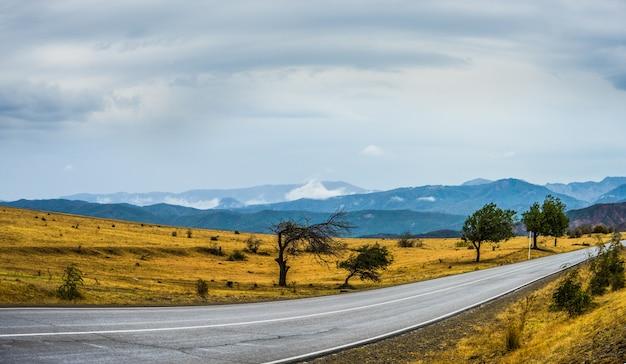 Paesaggio autunnale della regione di kakheti