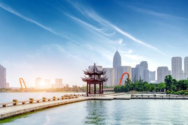 Paesaggio del lago ad ovest di hangzhou