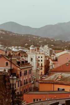 Paesaggio del paesaggio autunnale sestri levante, liguria, italia