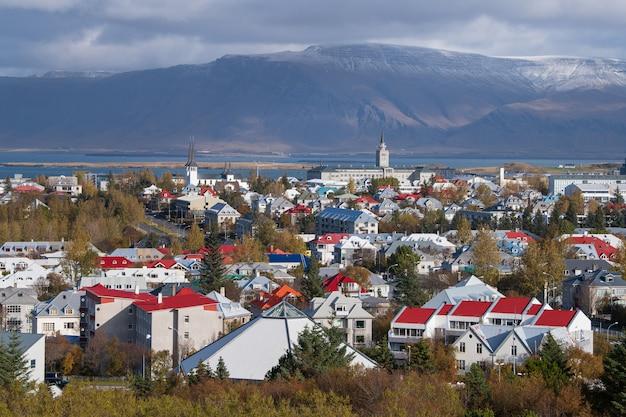Paesaggio di reykjavik in autunno, islanda