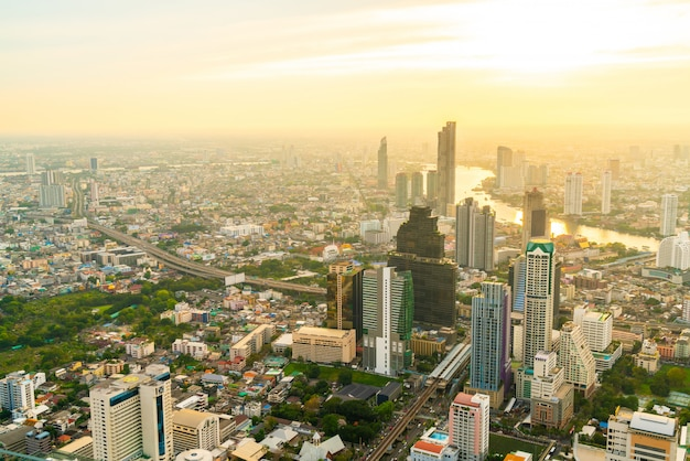 Paesaggio urbano di bangkok con bello esterno di costruzione e architecturein in tailandia