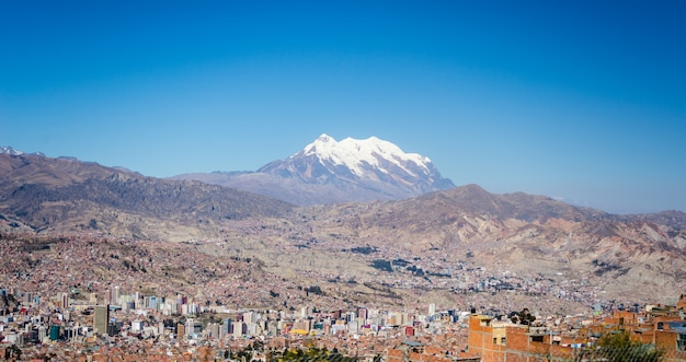 Paesaggio urbano di la paz da el alto, bolivia