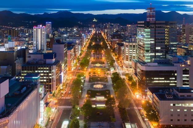 Paesaggio urbano di sapporo a odori park, hokkaido, giappone.