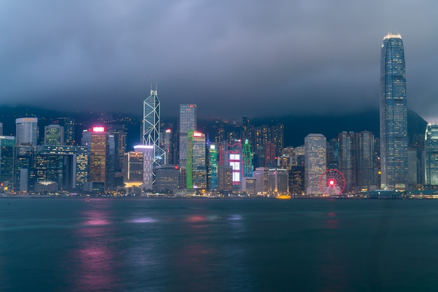 Paesaggio urbano di victoria harbour e hong kong