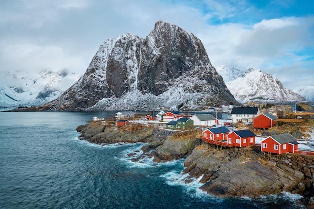 Paesino di pescatori di hamnoy sulle isole lofoten, norvegia
