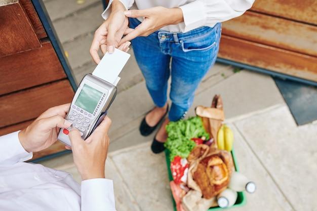 Pagando con carta di credito