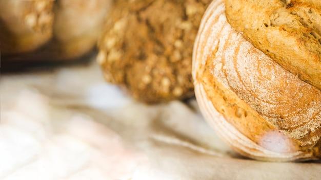 Pagnotta di pane in panetteria