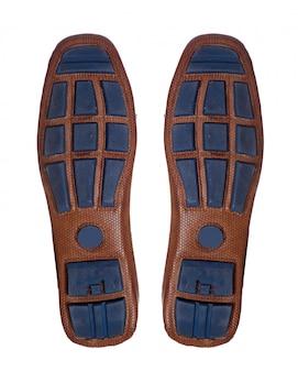 Paia delle scarpe del battistrada di gomma della barca di cuoio degli uomini con il profilo di vista superiore isolato su bianco