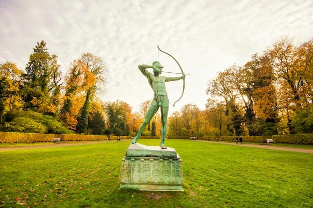 Palazzo di sanssouci a potsdam all'autunno, germania