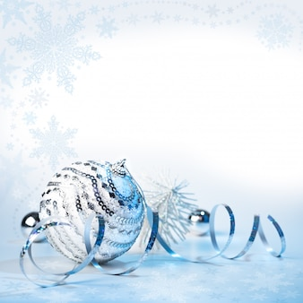 Pallina di decorazioni natalizie