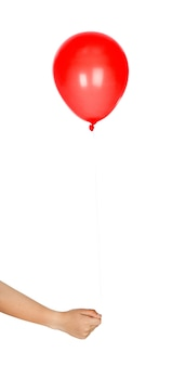 Palloncino rosso gonfiato isolato su sfondo bianco