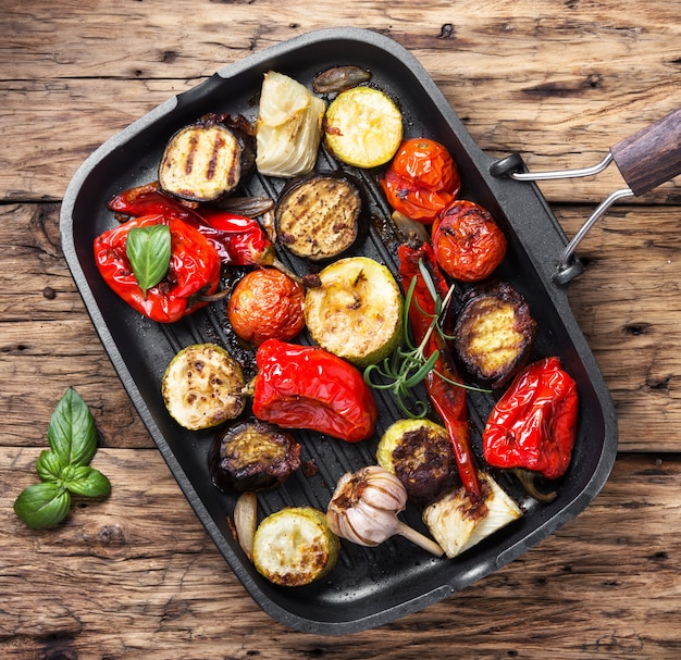 Pan con verdure grigliate
