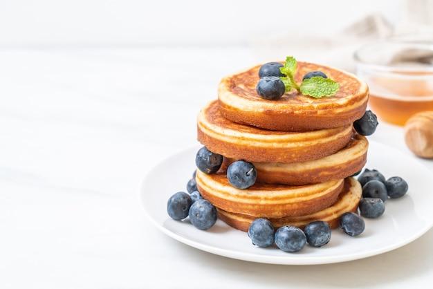 Pancake con mirtilli freschi