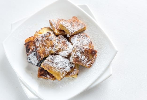 Pancake kaiserschmarrn su un piatto