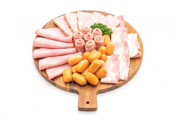 Pancetta, salsiccia, prosciutto affumicato e pancetta barbecue