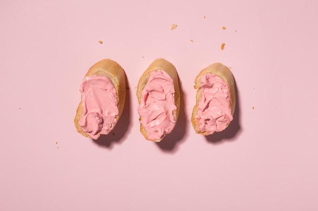 Pane colorato