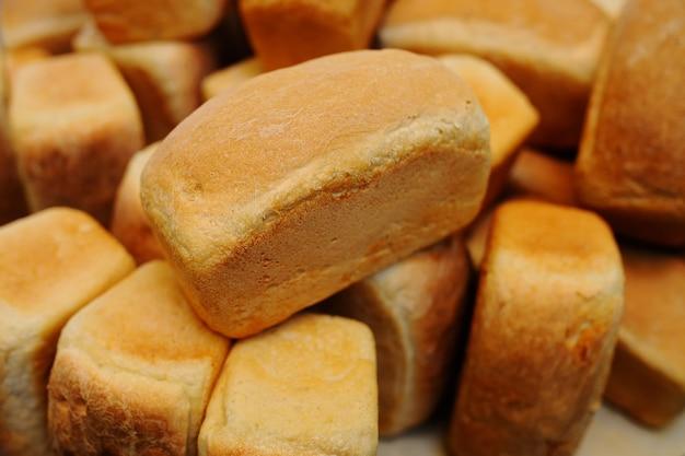 Pane fresco nel negozio