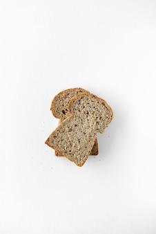 Pane integrale di farina di frumento wholegains