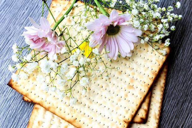 Pane pasquale ebraico di pane azzimo di pesach