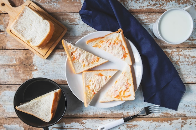 Panini al pane sul tavolo