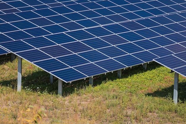 Pannelli solari in vista aerea