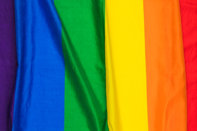 Panno arcobaleno increspato brillante