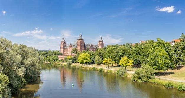 Panorama del palazzo di johannisburg