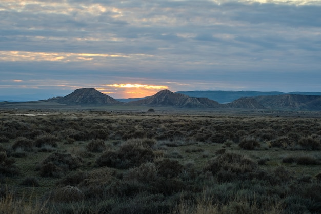 Panoramico del deserto di bardenas in spagna