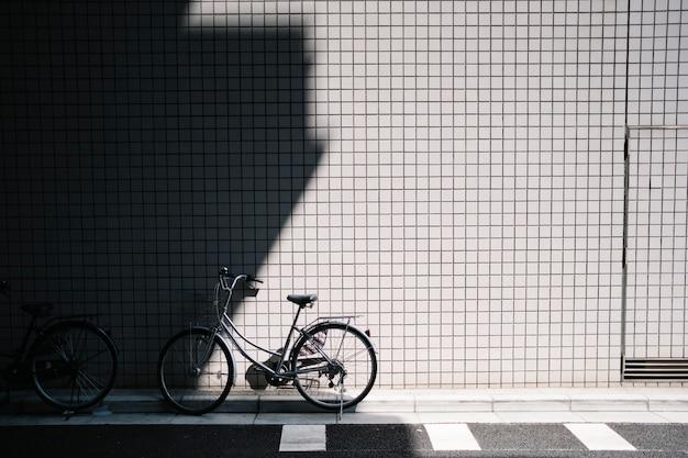 Parcheggio biciclette in strada