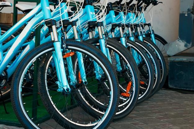 Parcheggio con biciclette