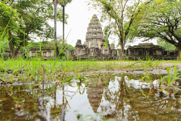 Parco storico di prasat hin phimai in nakorn ratchasima a nord-est della tailandia