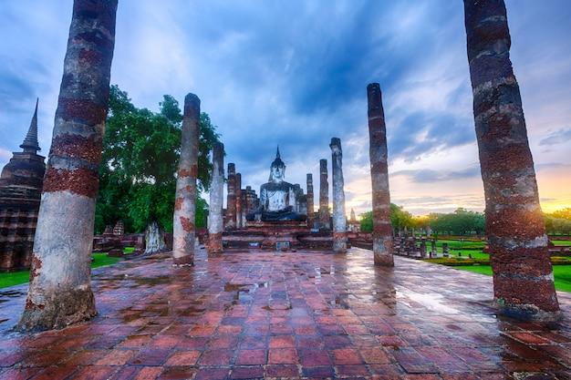 Parco storico di sukhothai, tailandia