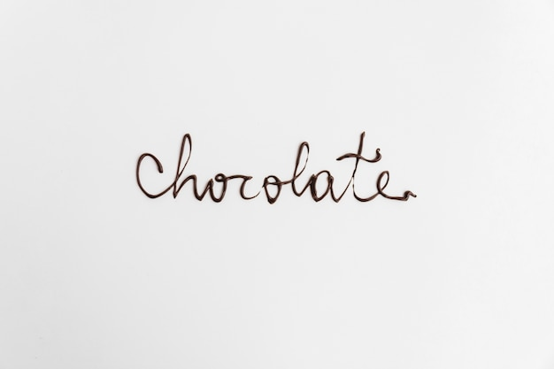 Parola di cioccolato scritta da cioccolato fuso