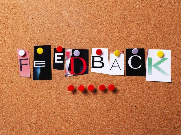 Parola di feedback in stile collage