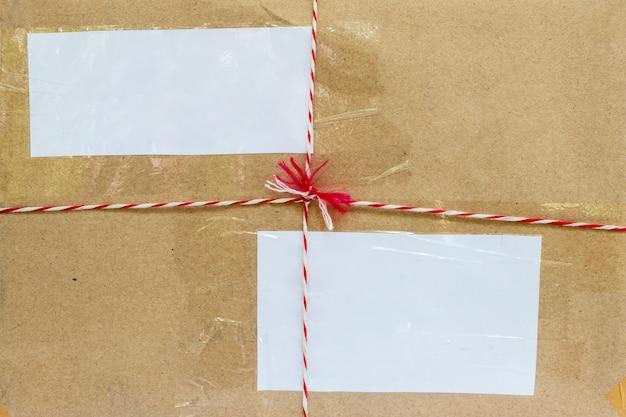 Parte anteriore della superficie del primo piano del fondo della scatola del pacchetto