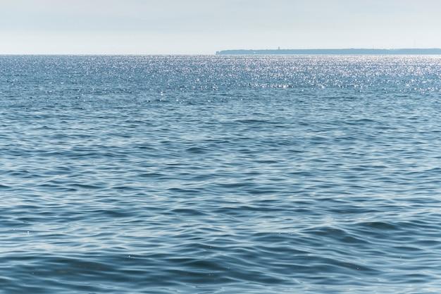 Parte della penisola in lontananza.