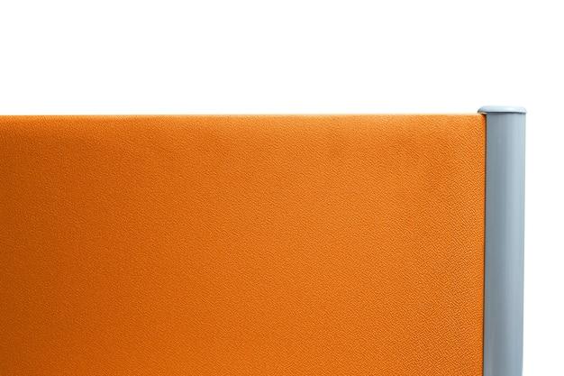 Partizione, colore arancione ufficio partizione isolato su sfondo bianco