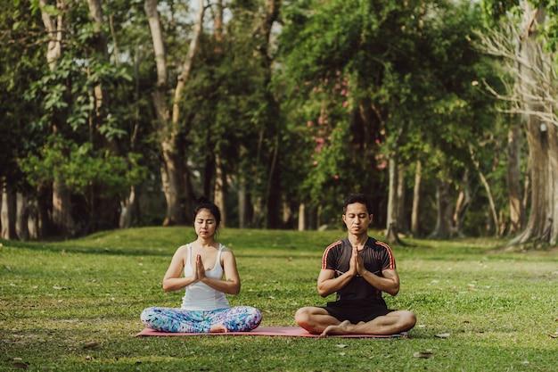 Partner, meditazione e natura