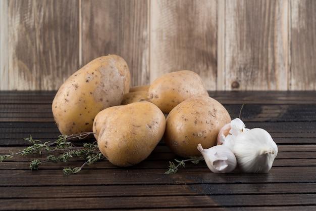 Patate e aglio