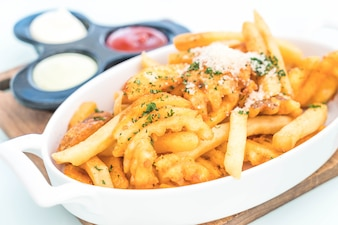 Patatine fritte con salsa di immersione