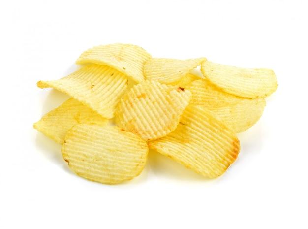 Patatine fritte isolate su bianco