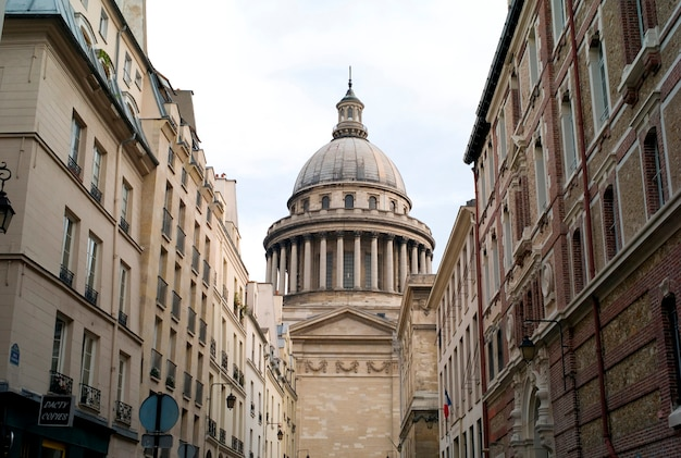 Patheon a parigi francia